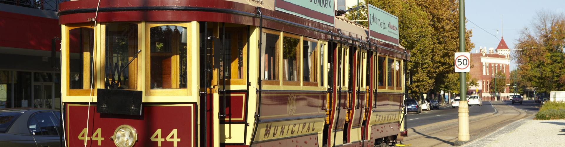BIG4 Bendigo Park Lane Holiday Park - Things to Do - Vintage Taking Trams