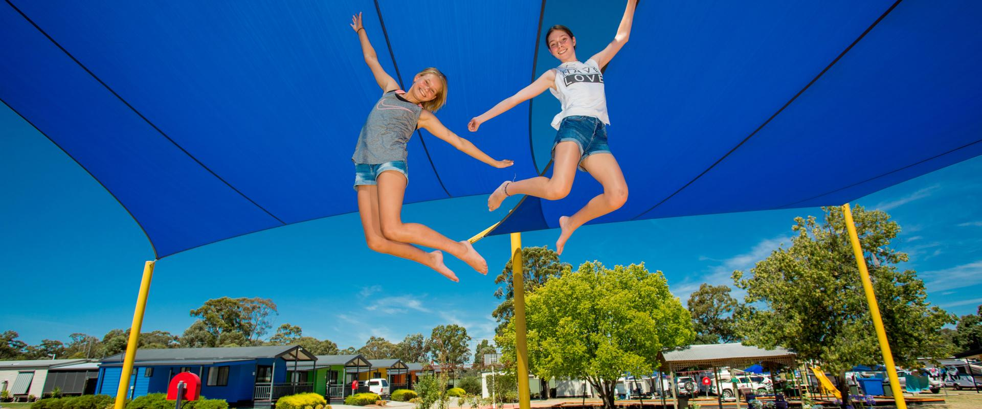 BIG4 Bendigo Park Lane Holiday Park - Girls on Jumping Cushion