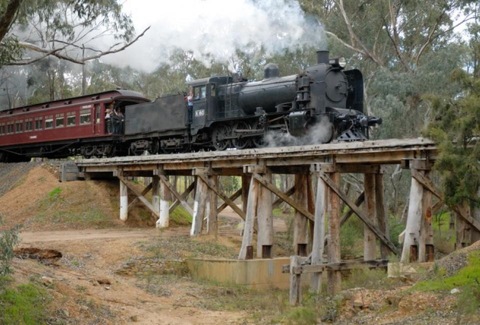 BIG4 Bendigo Park Lane Holiday Park - Things to do - Goldfields Railway - Locomotive going over Bridge