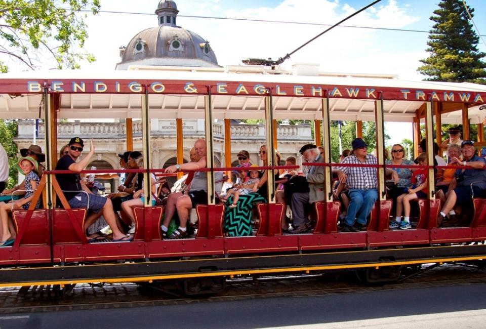 BIG4 Bendigo Park Lane Holiday Park - Things to do - Vintage Talking Tram Tours