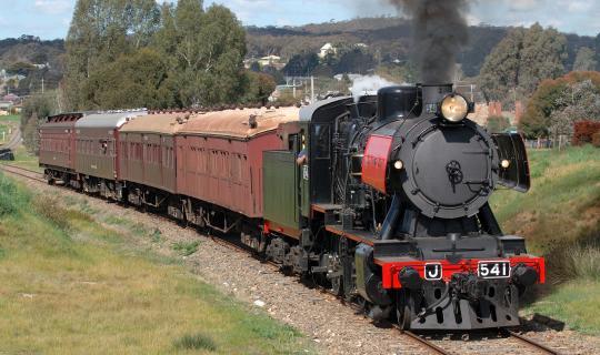 BIG4 Bendigo Park Lane Holiday Park - Things to do - Goldfields Railway