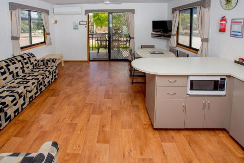 BIG4 Shepparton Park Lane Holiday Park - Family Cabin Sleeps 6 - Kitchen and Living