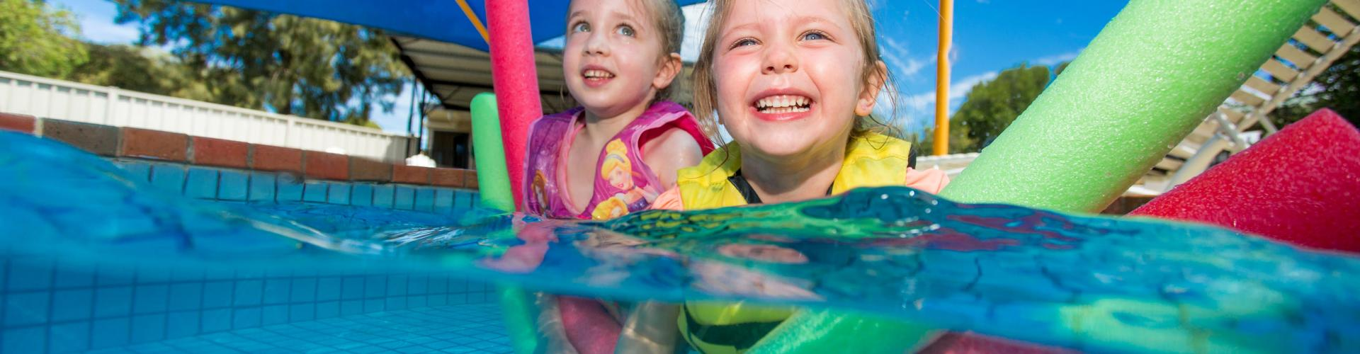 BIG4 Shepparton Park Lane Holiday Park - Kids in the Pool