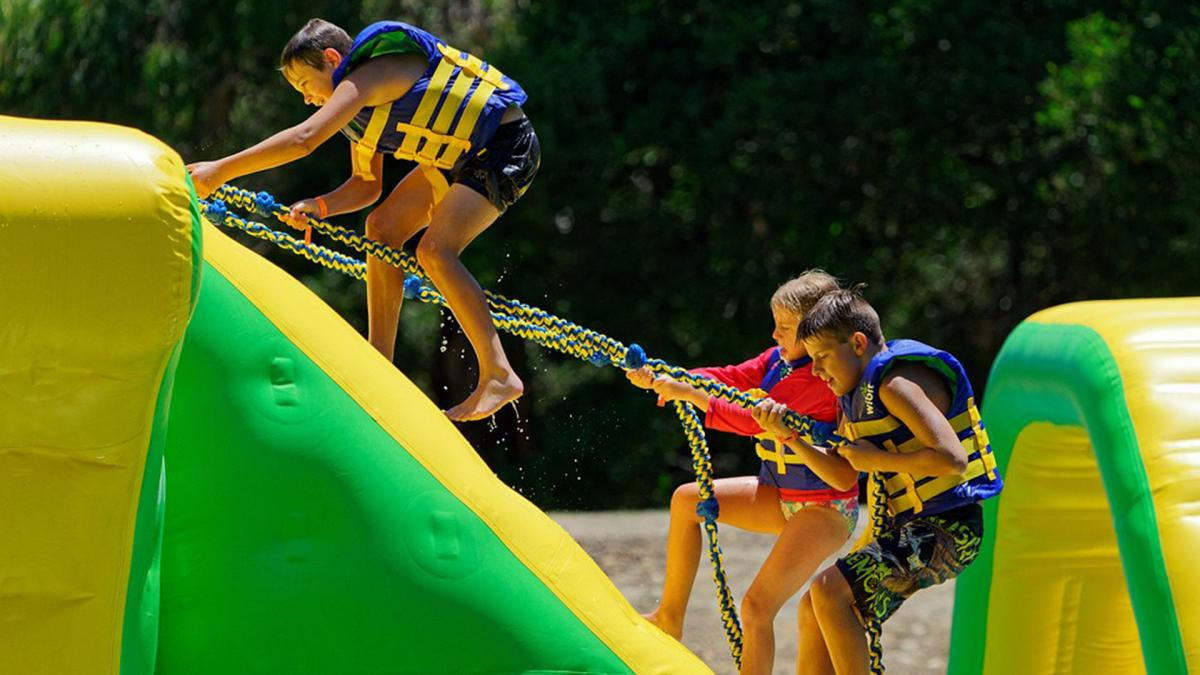 Parky's Water Park - Kids Climbing Action Tower