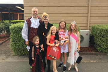 BIG4 Traralgon Park Lane Holiday Park - Halloween Event 2018 - Family Photo
