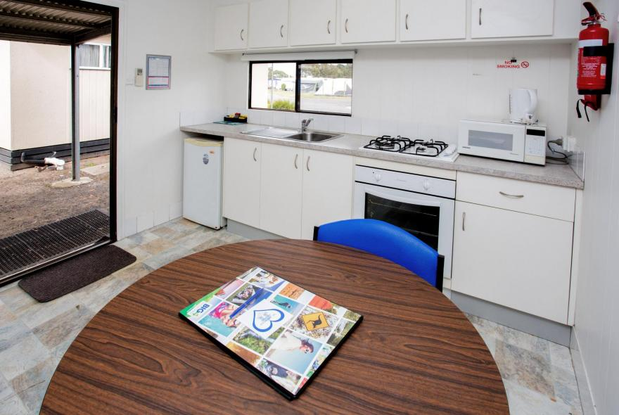 BIG4 Traralgon Park Lane Holiday Park - Budget Cabin - Sleeps 2 - Dining and Kitchen