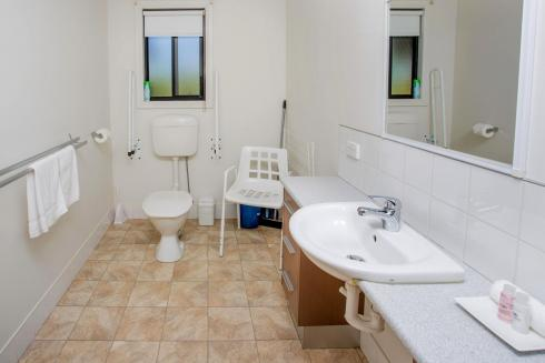 BIG4 Traralgon Park Lane Holiday Park - Easy Access - Bathroom