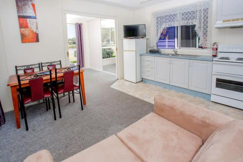 BIG4 Traralgon Park Lane Holiday Park - Standard Cabin - Sleeps 5 - Living and Kitchen
