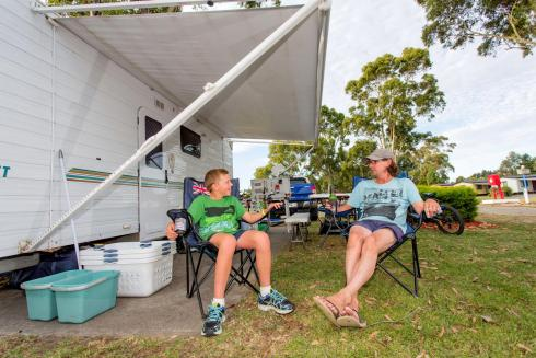 BIG4 Traralgon Park Lane Holiday Park - Powered Site - Father and Son relaxing