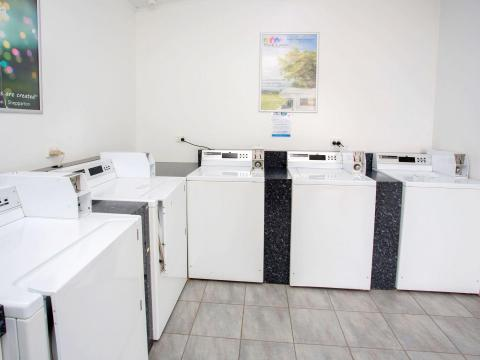 BIG4 Traralgon Park Lane Holiday Park - Laundry