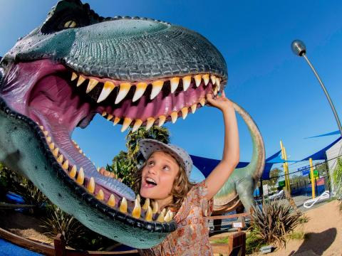BIG4 Traralgon Park Lane Holiday Park - Parky's Fun Park - T-rex and Boy