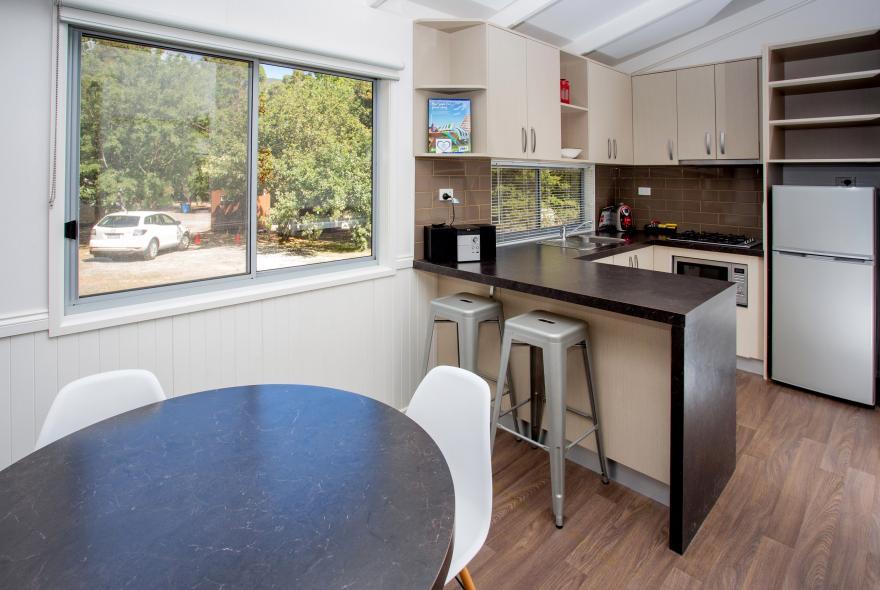 BIG4 Yarra Valley Park Lane Holiday Park - Hilltop Cabin - 2 Bedroom - Dining and Kitchen
