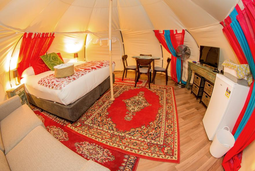BIG4 Yarra Valley Park Lane Holiday Park - Glamping - Belle Tent - Family - Main Tent
