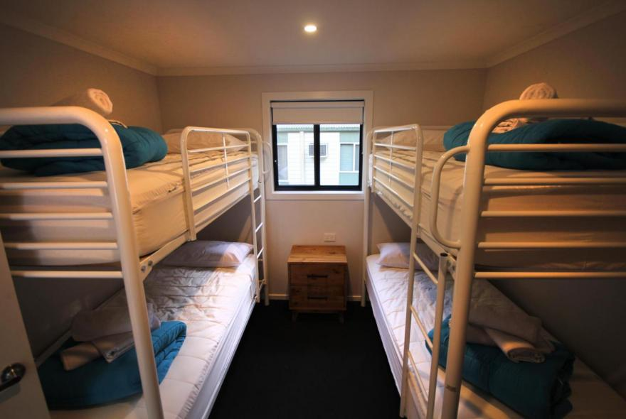 BIG4 Yarra Valley Park Lane Holiday Park - 3 Bedroom Condo - Bunk Beds