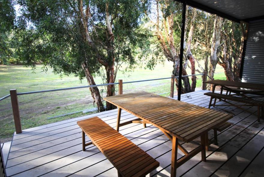 BIG4 Yarra Valley Park Lane Holiday Park - 3 Bedroom Condo - Deck