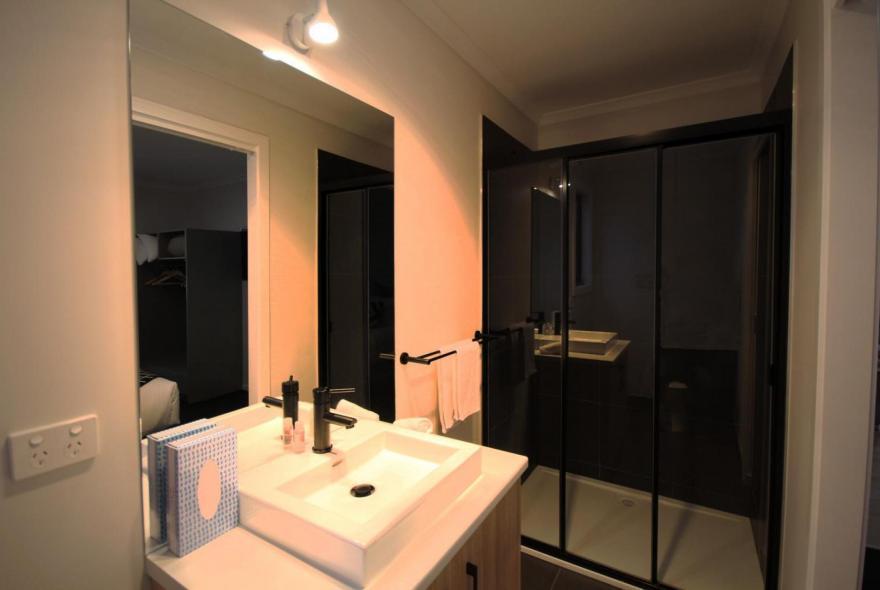 BIG4 Yarra Valley Park Lane Holiday Park - 3 Bedroom Condo - Ensuite