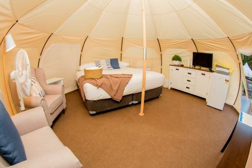 BIG4 Yarra Valley Park Lane Holiday Park - Glamping - Belle Tent - Single - Living Area