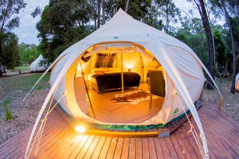 BIG4 Yarra Valley Park Lane Holiday Park - Glamping - Belle Tent - Single - Outside at dusk