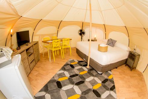 BIG4 Yarra Valley Park Lane Holiday Park - Glamping - Belle Tent - Family - King Single Beds - Main Tent Kind Bed