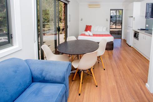 BIG4 Yarra Valley Park Lane Holiday Park - Hilltop Cabin - 1 Bedroom - Living Area