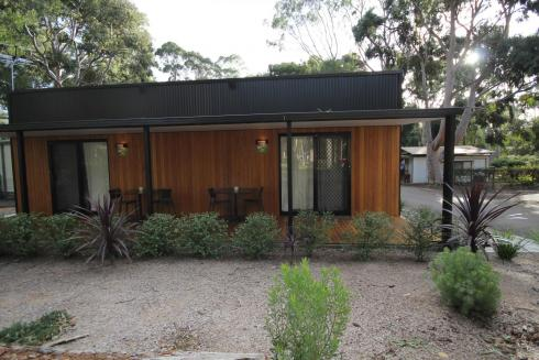 BIG4 Yarra Valley Park Lane Holiday Park - Studio Cabin - Front Veranda