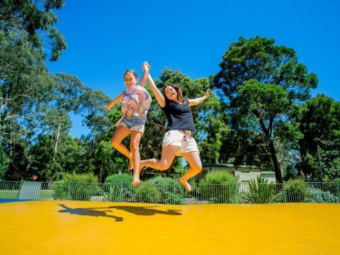 BIG4 Yarra Valley Park Lane Holiday Park - Jumping Cushion - Kids Jumping