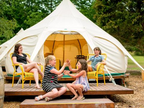 BIG4 Yarra Valley Park Lane Holiday Park - Glamping - Family Belle Tent - Games