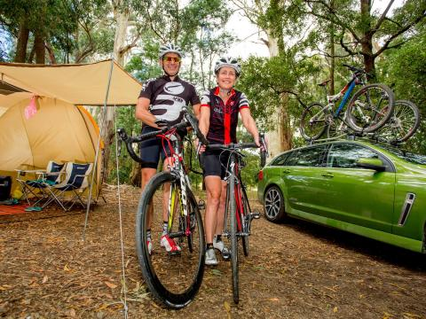 BIG4 Yarra Valley Park Lane Holiday Park - Couple Camping with Mountain Bikes